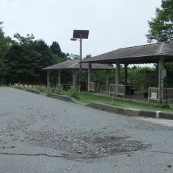 西臼塚駐車場