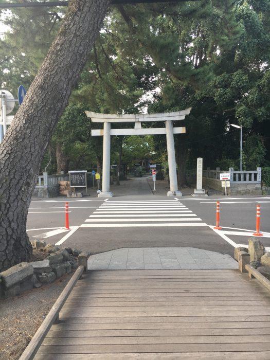 御穂神社の入り口写真