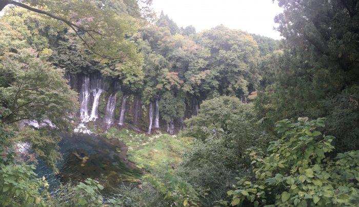 展望台からの白糸ノ滝の写真