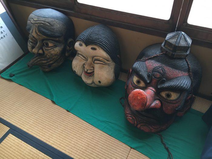 仮面の写真